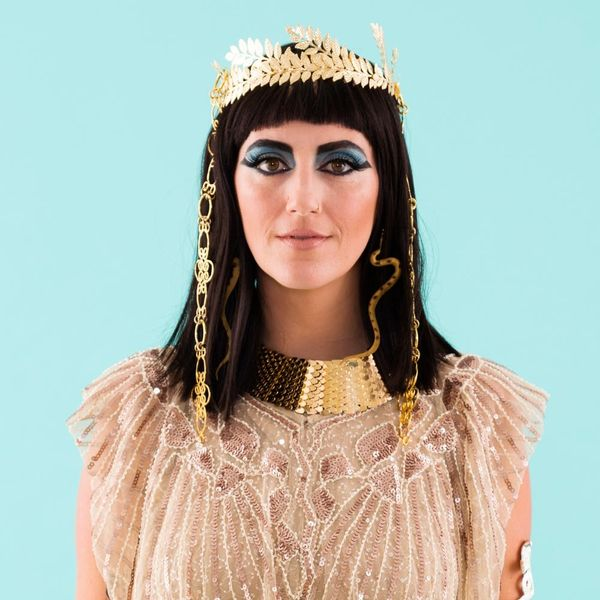 This Jaw-Droppping Cleopatra DIY Is for You, Costume Queen