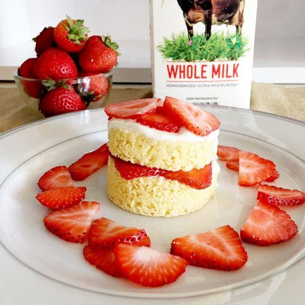 Microwave Your Way to a Luscious Keto-Friendly Strawberry Shortcake