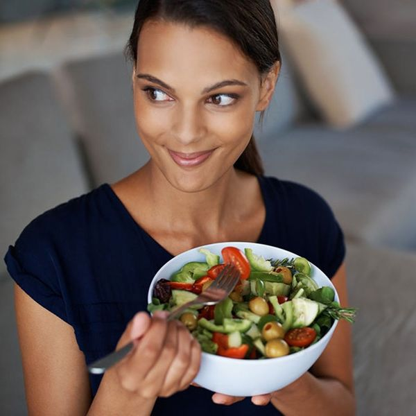 This Is the Difference Between Mindful Eating and Intuitive Eating