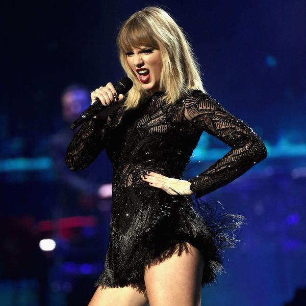 """Taylor Swift Looks Like a Nearly Naked Cyborg in """"Ready for It?"""" Music Video Tease"""