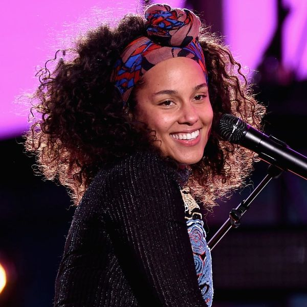 Alicia Keys Is Rocking Technicolor Braids and OMG