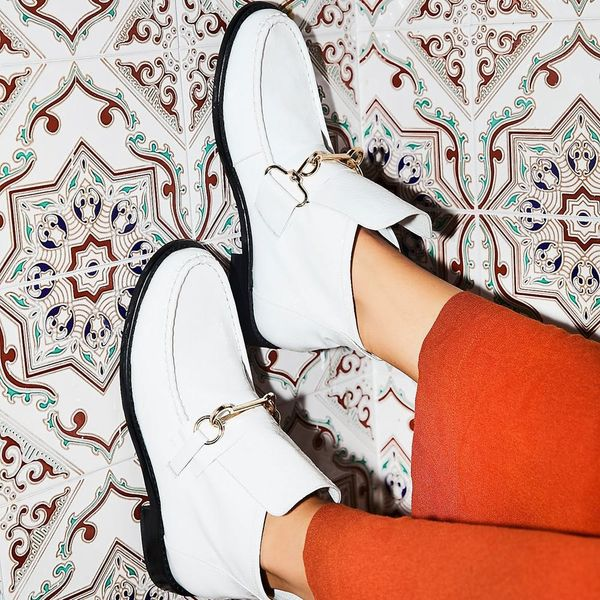 13 White Accessories That Will Upgrade Your Fall Wardrobe