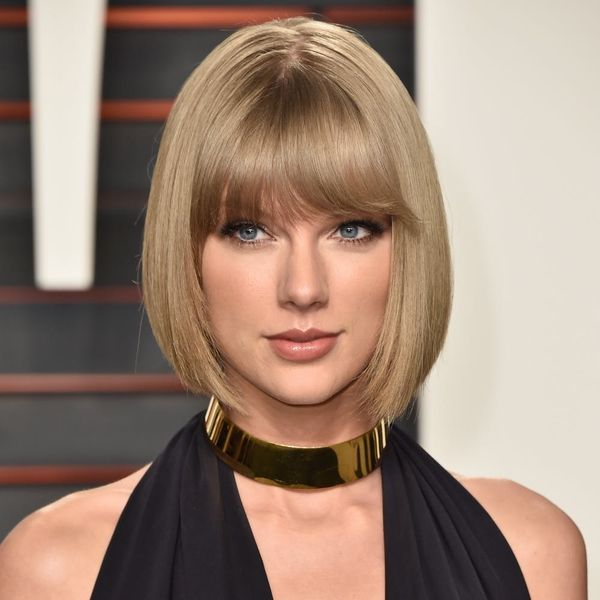 Taylor Swift Paid a Surprise Visit to a Fan's Home and the Reaction Was SO Relatable
