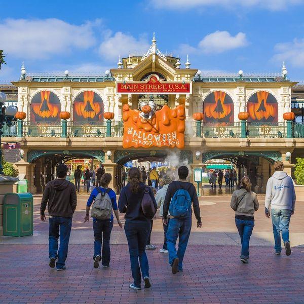 Disneyland's Latest Halloween Cocktail Is Eye-Catchingly Creepy