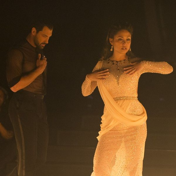 "Maksim ChmerkovskiyEnds the ""DWTS"" DramaWith aSweet Note to Vanessa Lachey"