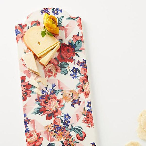 12 Hostess and Housewarming Gifts Perfect for Fall
