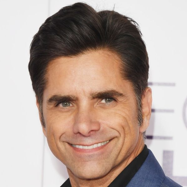 John Stamos Ran into Ashton Kutcher While Grocery Shopping for Pasta and It Was Instagram Gold