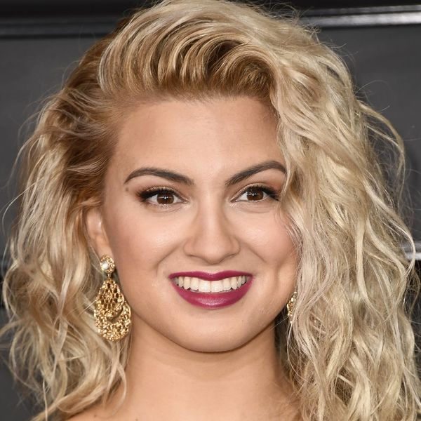 Singer Tori Kelly Is Engaged: See the Adorable Pics!