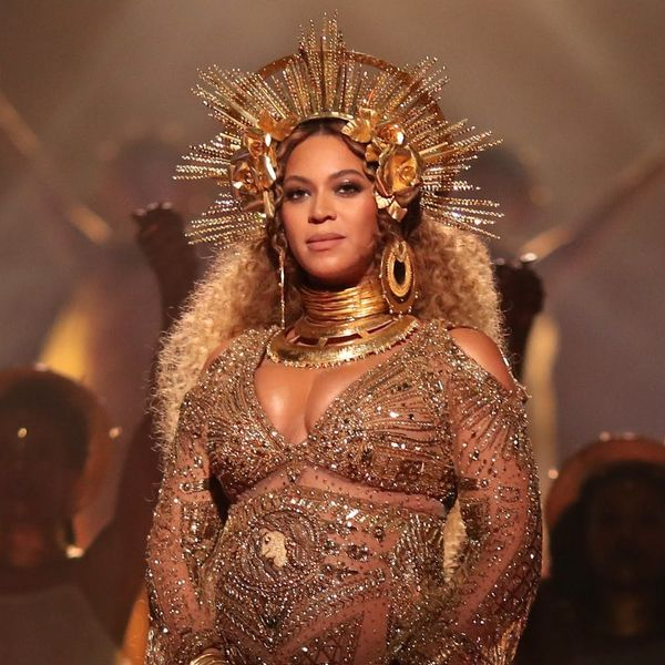 """Beyoncé Teams Up With J Balvin to Re-Release the Smash Hit """"Mi Gente"""" for Hurricane Relief"""