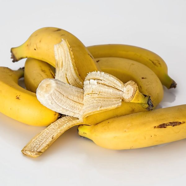 Making the Case for Leaving the Strings on Your Banana