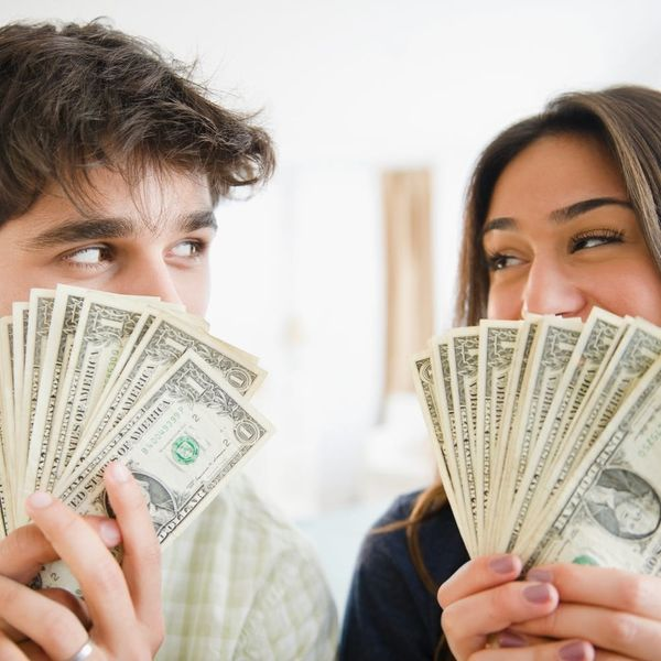 4 Ways to Ease into Combining Finances With Your S.O.
