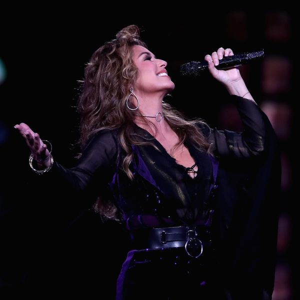 Shania Twain Thought She'd Never Sing Again Because of Lyme Disease