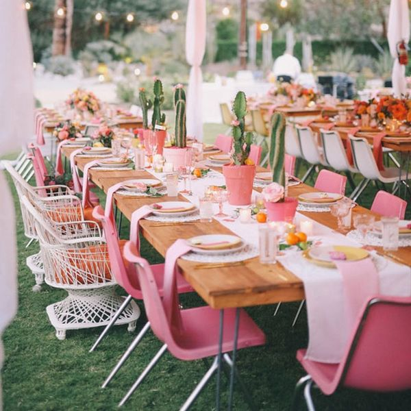 This New Vacation-Inspired Wedding Trend Is Desert-Chic in All the Right Ways