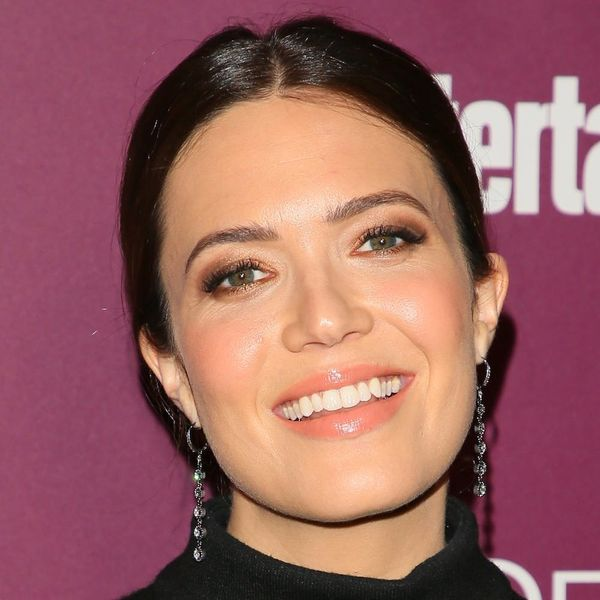 Mandy Moore Just Debuted Her Engagement Ring on the Red Carpet and It's Predictably Gorgeous