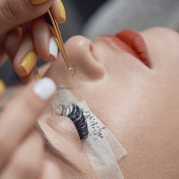 5 Things You Should Know Before You Get Eyelash Extensions