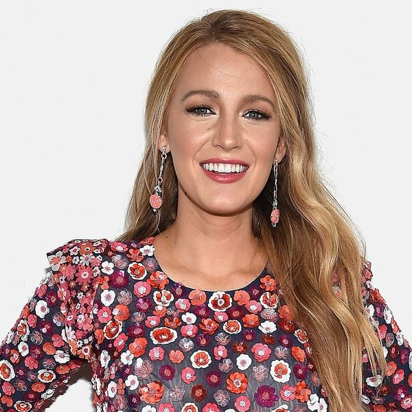 Blake Lively Did a Photoshoot With… Kermit the Frog and Miss Piggy?
