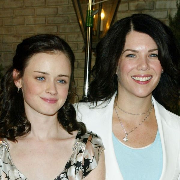 "Lauren Graham's Sweet Note to Alexis Bledel on Her Emmy Win Will Give You All the ""Gilmore Girls"" Feels"