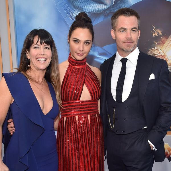 "These ""Wonder Woman"" Bloopers Featuring Gal Gadot and Chris Pine Will Make You Giggle"