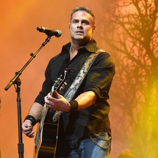 Montgomery Gentry's Troy Gentry Dies in Helicopter Crash at 50