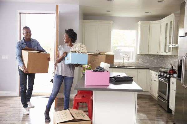 This Is the Sign You and Your Partner Shouldn't Move in Together