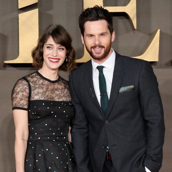 """""""Mean Girls"""" Star Lizzy Caplan Marries Tom Riley in a Dreamy Wedding in Italy"""