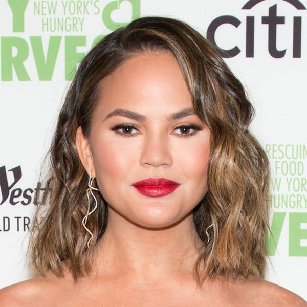 Two Out of Three Moms Have This in Common With Chrissy Teigen