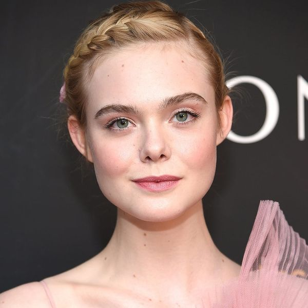 Elle Fanning's Bubblegum Pink Hair Is Your New Summer Style Inspo