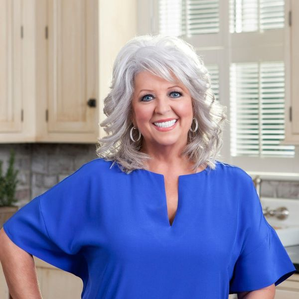 This Is How Paula Deen Scrambles Her Eggs