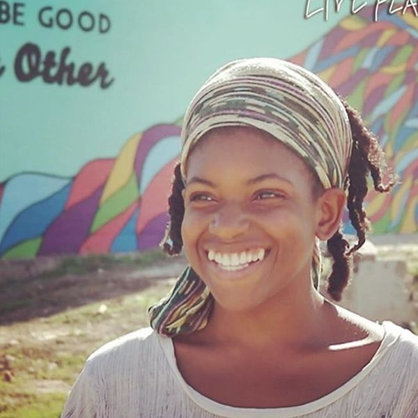 This Woman Brings Low-Cost Organic Groceries to Food Deserts in LA