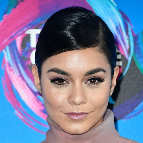 *This* Is the Super Chic Hairstyle That Took Over the 2017 Teen Choice Awards