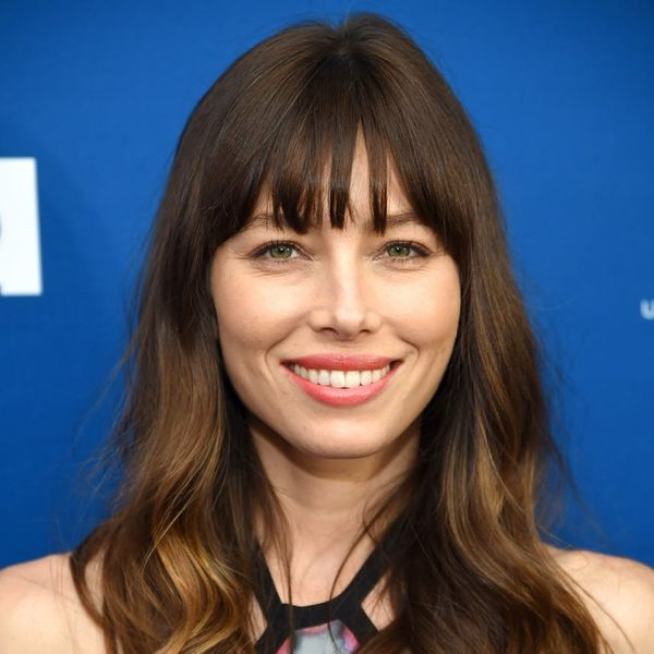 Jessica Biel Uses an $18 a Month Yoga App to Stay Fit and So Can You