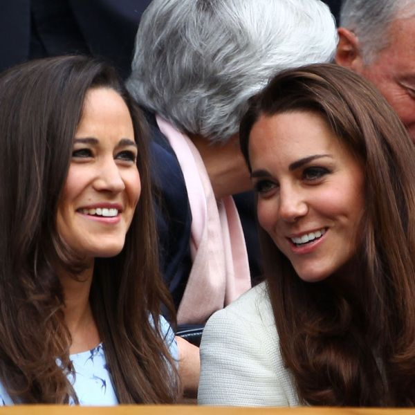 *This* Is the Sentimental Piece of Jewelry Pippa Middleton Gave Sister Kate Middleton