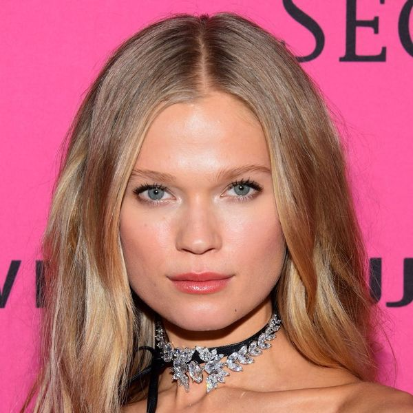 You Need to See This Victoria's Secret Model's 2-in-1 Wedding Dress