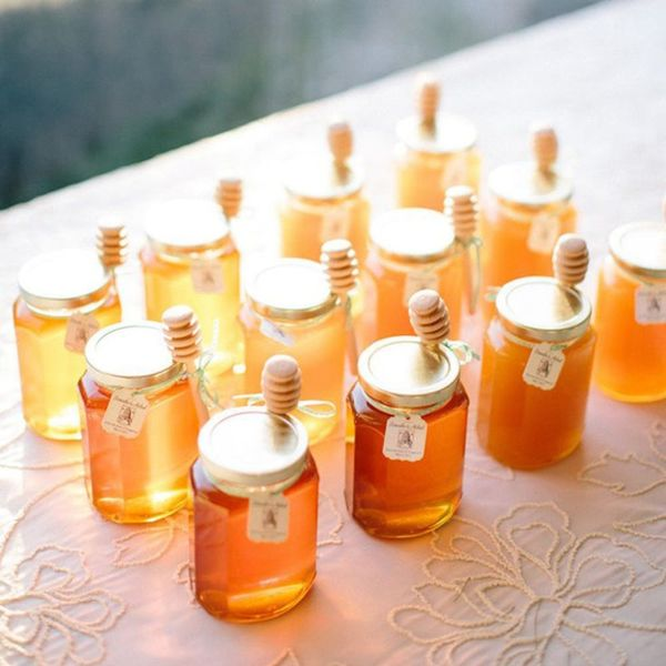 11 Sweet Ways to Incorporate Honeycomb into Your Wedding