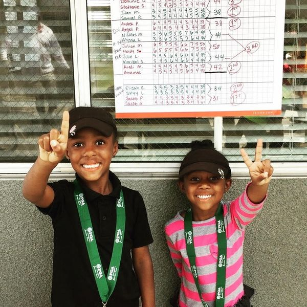"""These Adorable Kid Sisters Are Being Called the """"Venus and Serena"""" of Golf"""