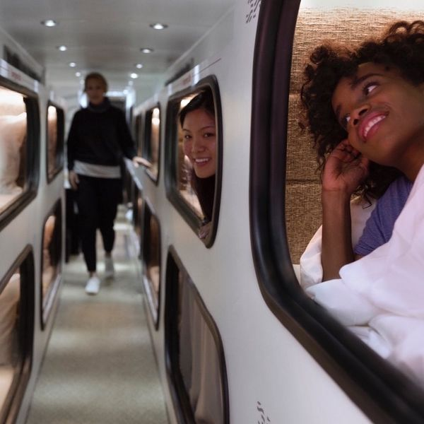 This Hotel on Wheels Promises You the Cushiest Travel on the West Coast