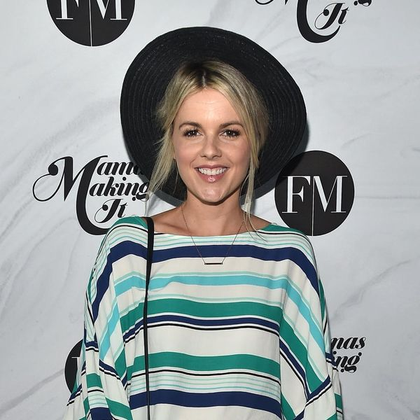 """Ali Fedotowsky-Manno Says She Had a """"Mental Breakdown"""" Because She Refused Help As a New Mom"""