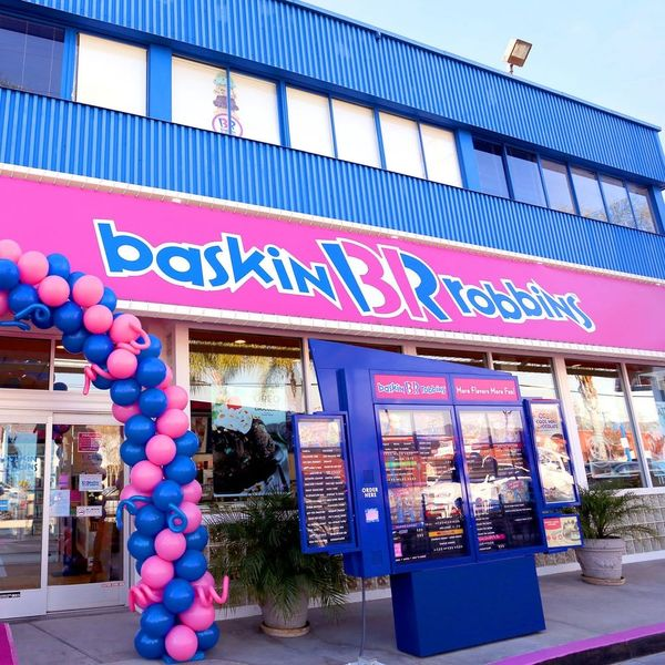 Baskin-Robbins Just Made Our Summer by Announcing That They Now Deliver