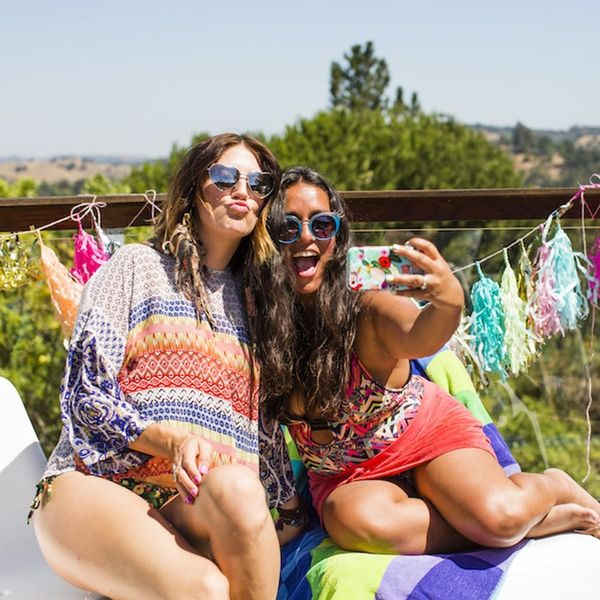 7 Genius Tips for Hosting a Summer Bash on a Budget