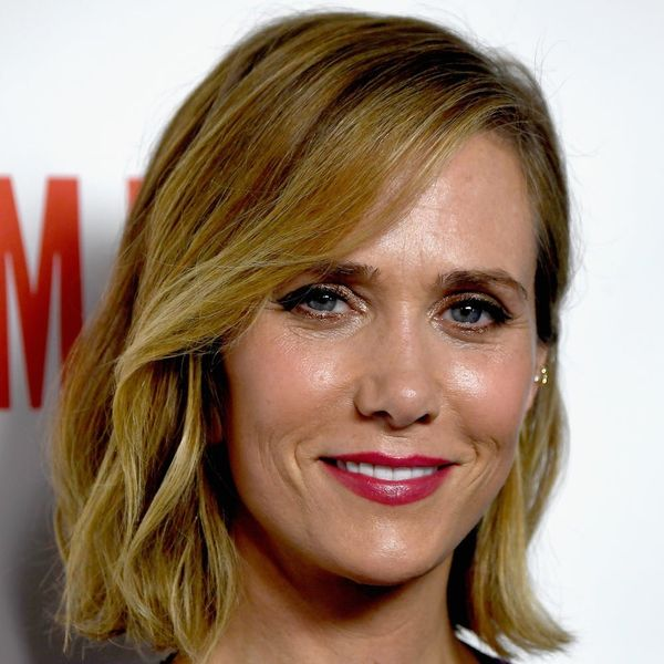Kristen Wiig Is Doing the Impossible and Pulling Off a Bowl Cut