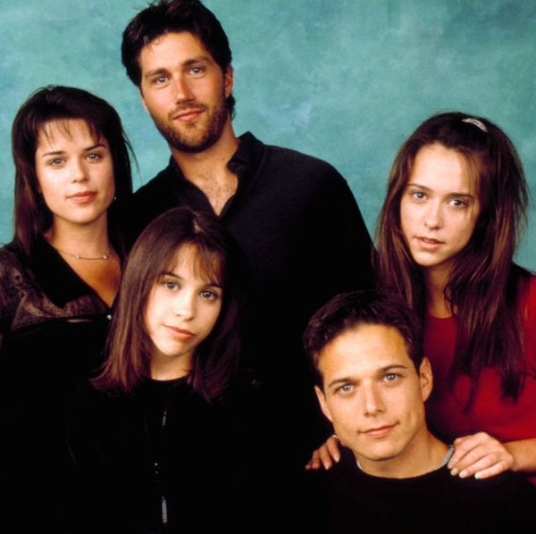 Neve Campbell and Scott Wolf Had a Mini Party of Five Reunion and Spilled Their Cast Secret