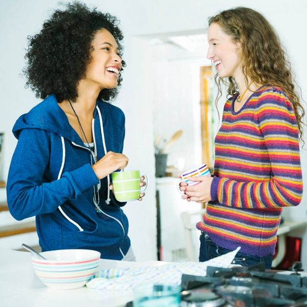 How to Tactfully Talk About Money With Your Friends