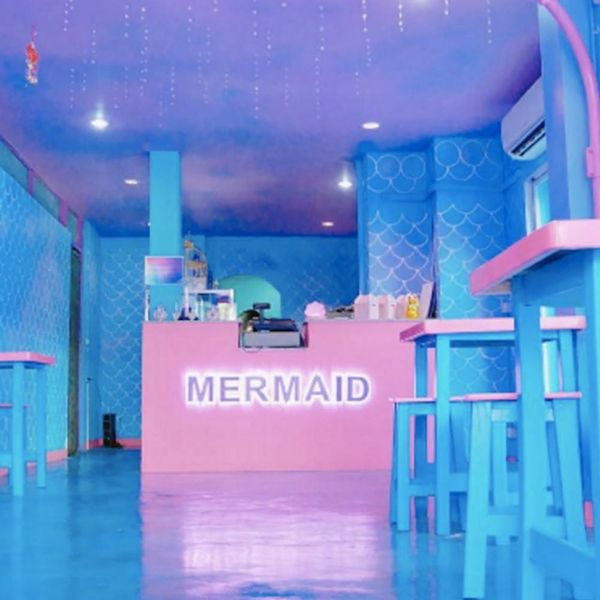 This Full-Fledged Mermaid Cafe Is the Stuff of DREAMS