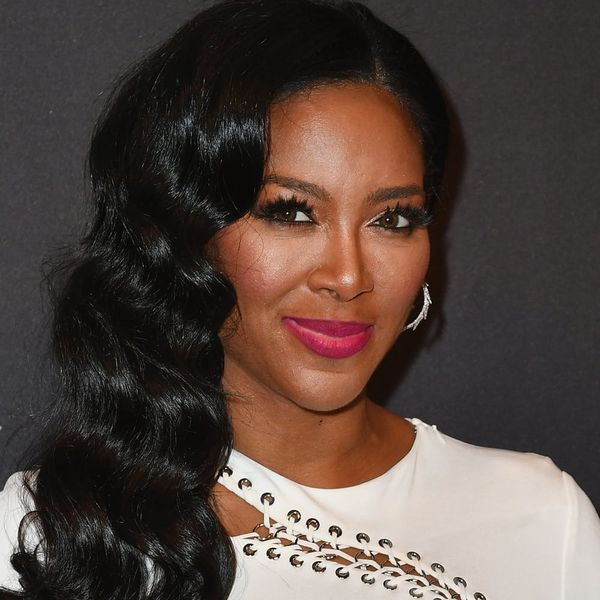 """Get All the Details on Kenya Moore's """"Powerful and Feminine"""" Wedding Dress!"""