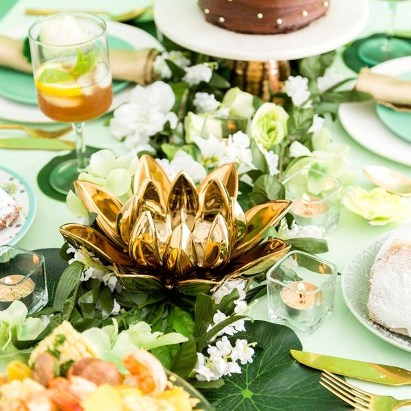 Bring Princess and the Frog to Life With This Tiana-Inspired Boozy Brunch