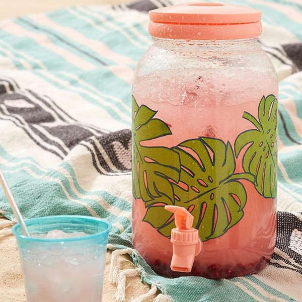 10 Essentials for the Ultimate Summer Cocktail Party