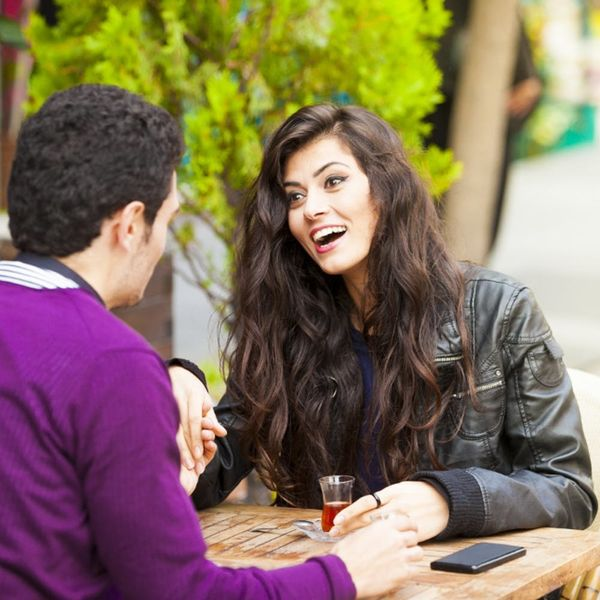 20 Fail-Proof Conversation Starters for a Fab First Date