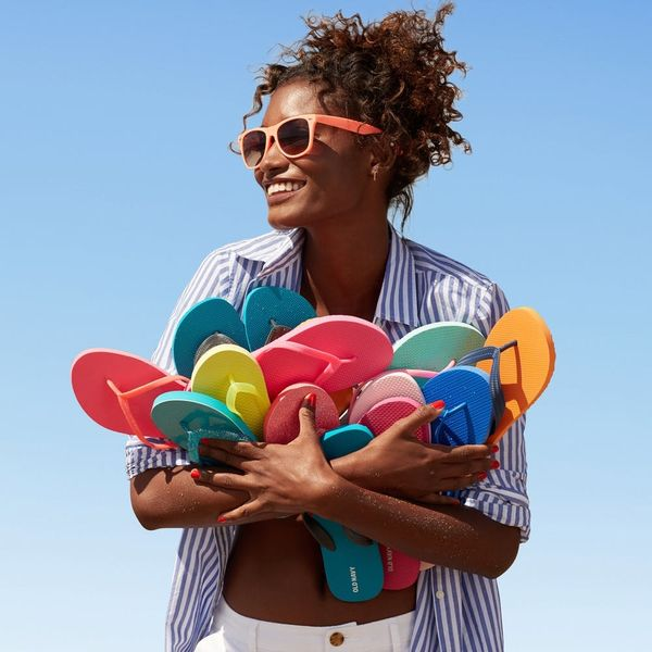 How to Score Old Navy Flip Flops for Just $1 Apiece