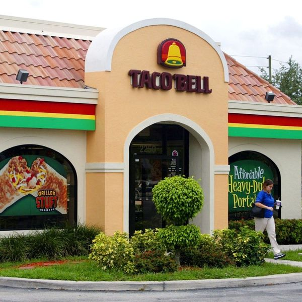 How to Get FREE Taco Bell Tacos and Jamba Juice Today