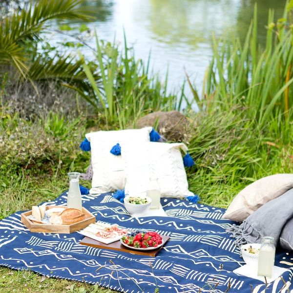 Create This Mudcloth-Inspired Picnic Blanket Using a Bleach Pen
